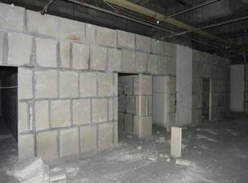 成都某楼石膏新万博隔墙